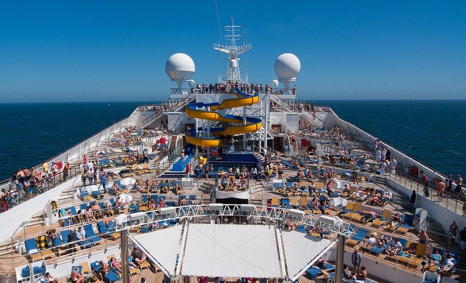 cruise-1236642_960_720