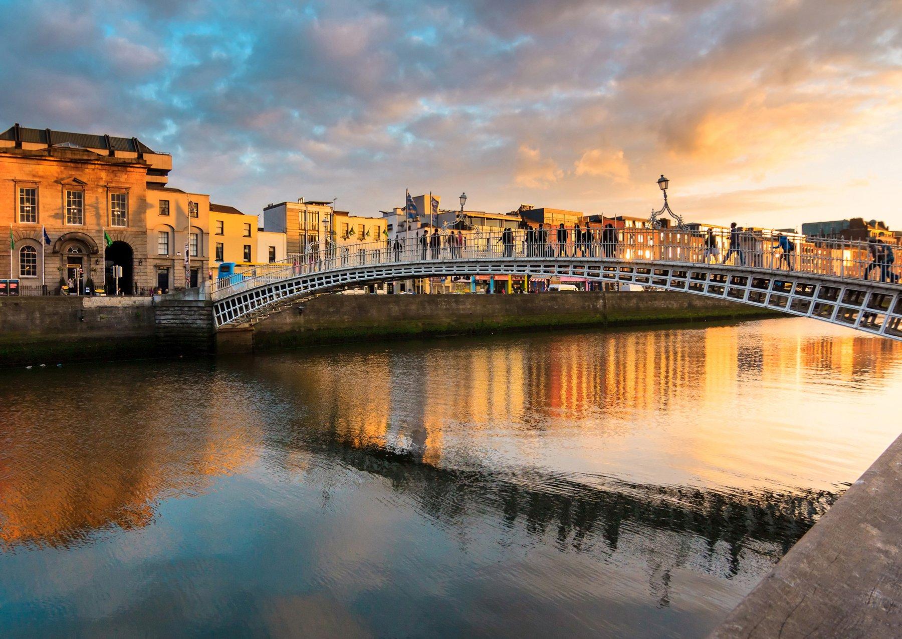 river-bridge-dublin-ireland